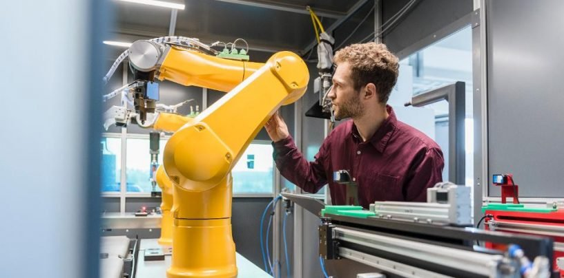 Experts' Opinion On Cobots: How Collaborative Robots Are Creating New Jobs?