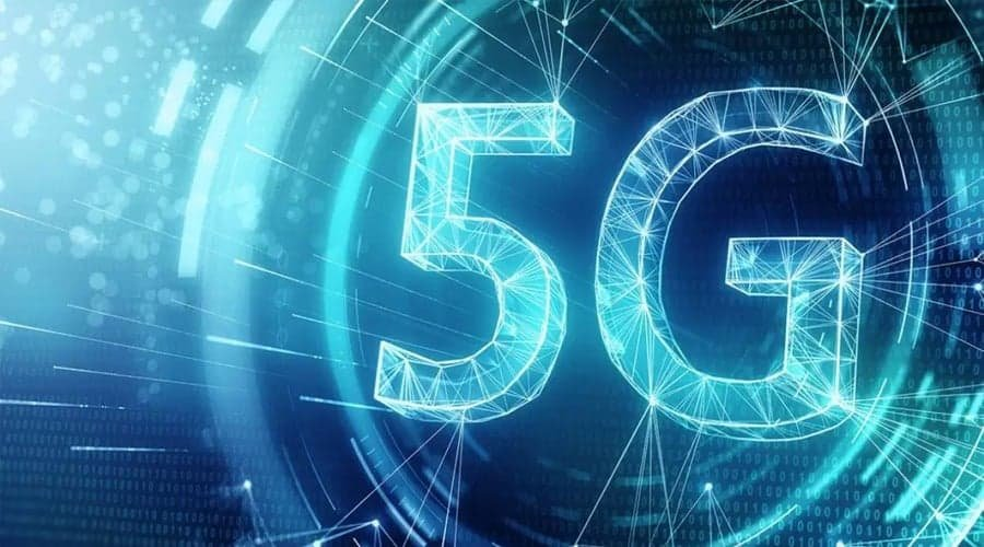 The Intelligent Combination of 5G Technology and Artificial Intelligence